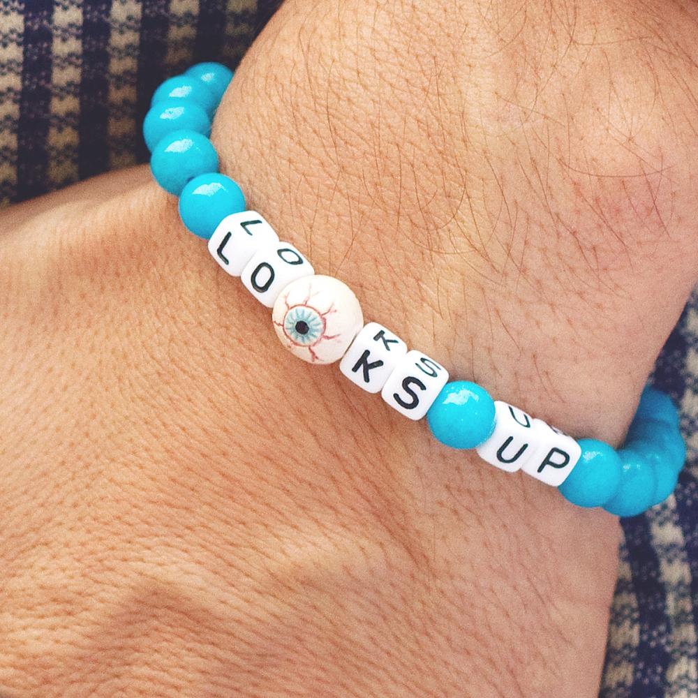 LOOKS UP bracelet